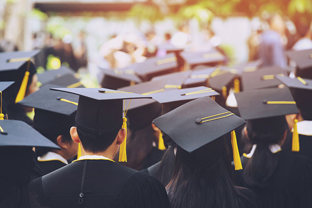 To Recruit & Hire the Class of 2021, You Need to Boost Your Benefits